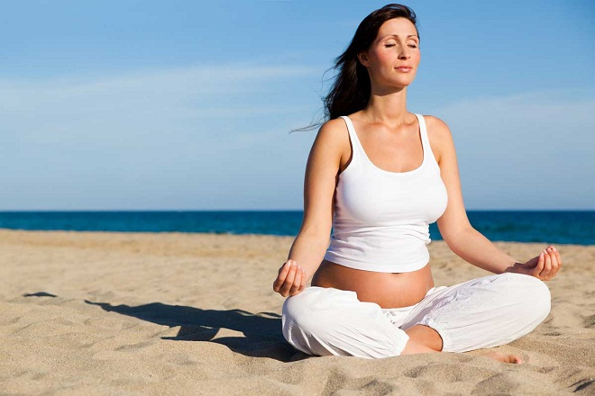 Bà bầu nên tập yoga để thư giãn