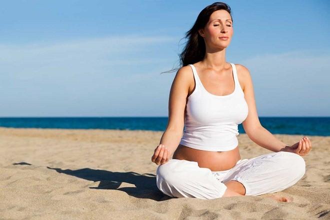 Yoga là môn thể thao tuyệt vời để thư giãn và rèn luyện sức khỏe trong thời gian mang thai