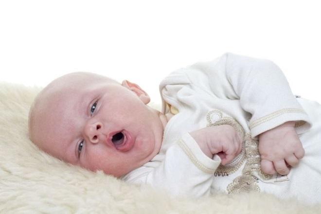 bệnh trẻ sơ sinh thở khò khè