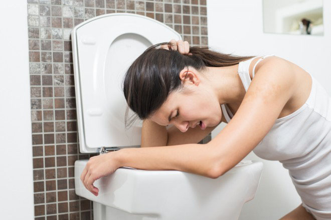 buồn nôn cũng có thể là dấu hiệu mang thai giả