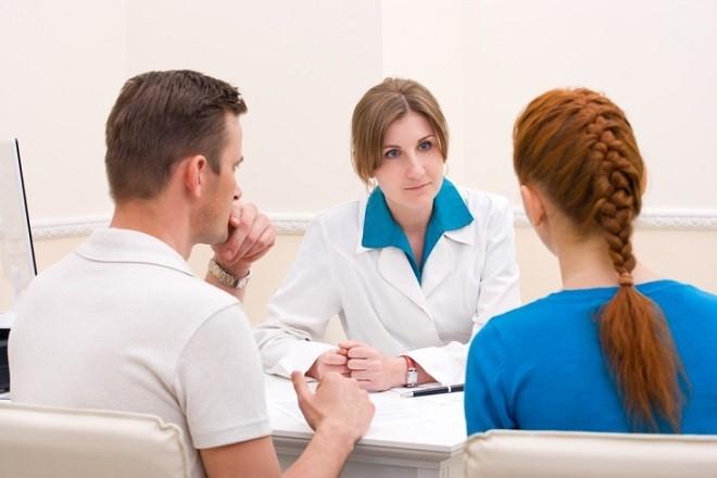 Bạn nên thường xuyên đi thăm khám để biết được tình trạng sức khỏe sinh sản