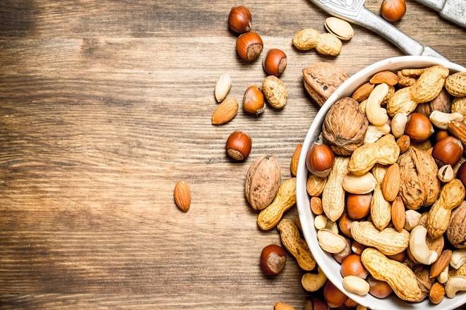 sinh mổ không nên ăn các loại hạt