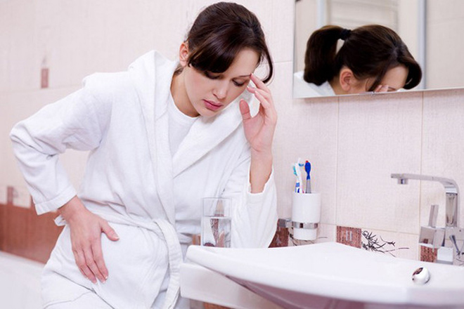 cơ thể phụ nữ mệt mỏi khó chịu