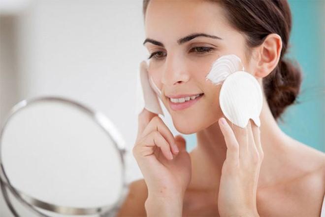 Da mặt không còn mụn và có thể dùng kem