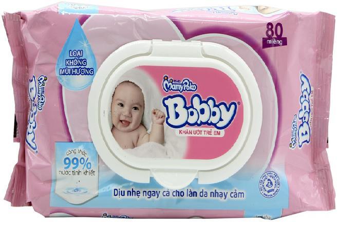 dùng khăn ướt vệ sinh cho trẻ sơ sinh