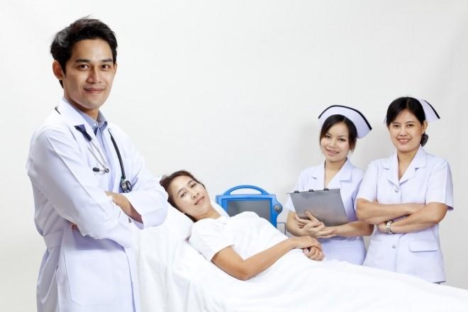 Bạn nên lựa chọn cơ sở y tế uy tín và có nhiều kinh nghiệm như Từ Dũ, Hùng Vương