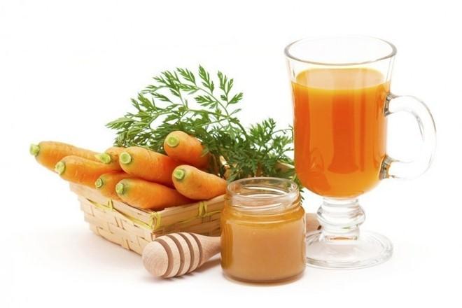 Nước ép cà rốt và mật ong