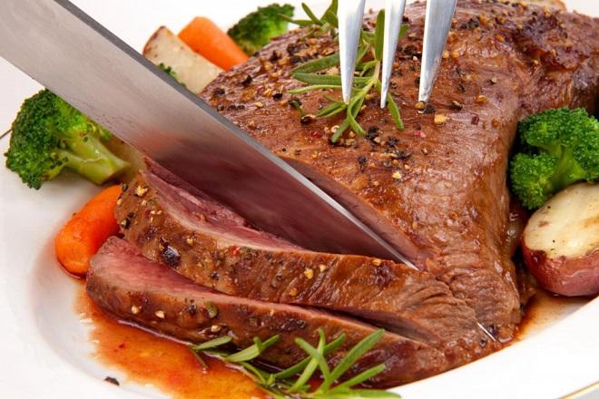 sinh mổ ăn được thịt bò