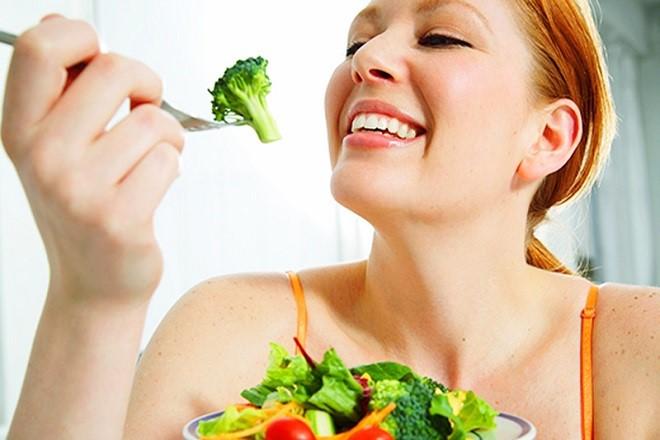 sinh mổ nên ăn nhiều rau trái cây