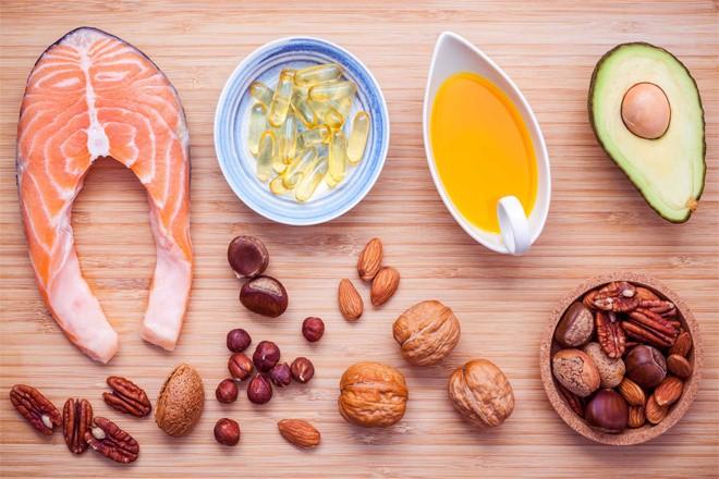 Những thực phẩm chứa nhiều vitamin B như các loại đậu, thịt, cá