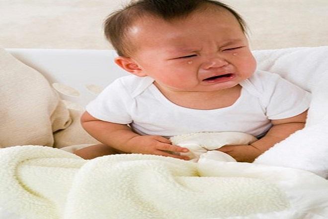 Kết quả hình ảnh cho trẻ sơ sinh bị bệnh đường ruột