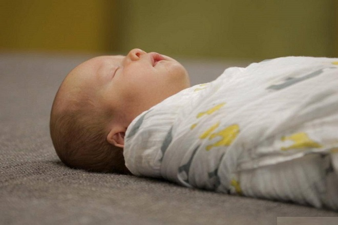 bệnh xơ phổi ở trẻ sơ sinh làm trẻ yếu ớt