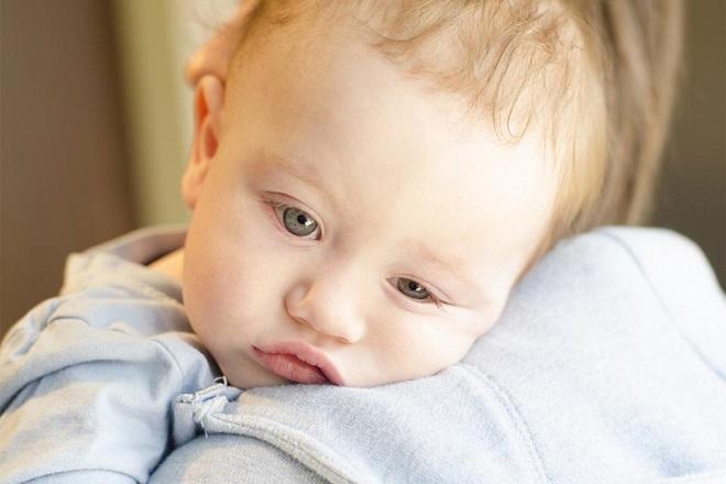 bệnh tự kỷ ở trẻ sơ sinh