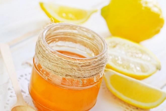 hỗn hợp chanh và mật ong