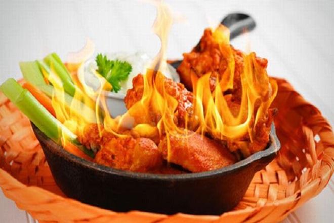 tránh thực phẩm cay nóng