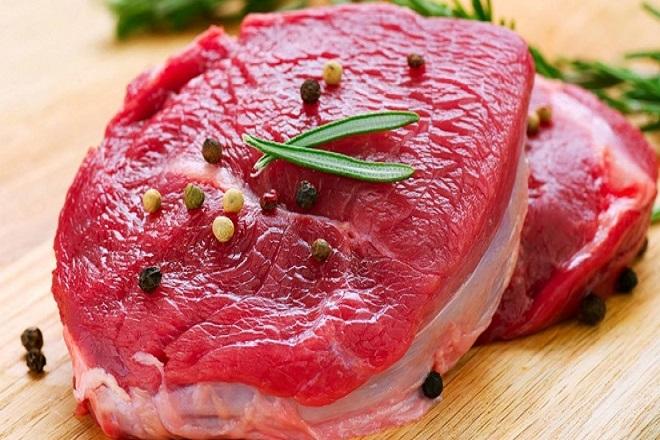 sau sinh nên ăn thịt bò