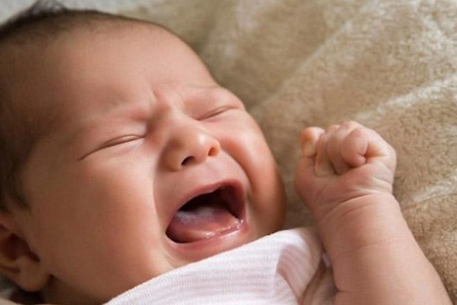bệnh xuất huyết não trẻ sơ sinh