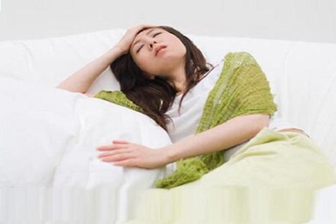 cấy que tránh thai gây nhiều tác dụng phụ