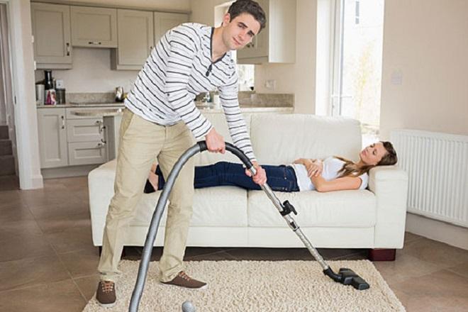 chồng phụ việc nhà