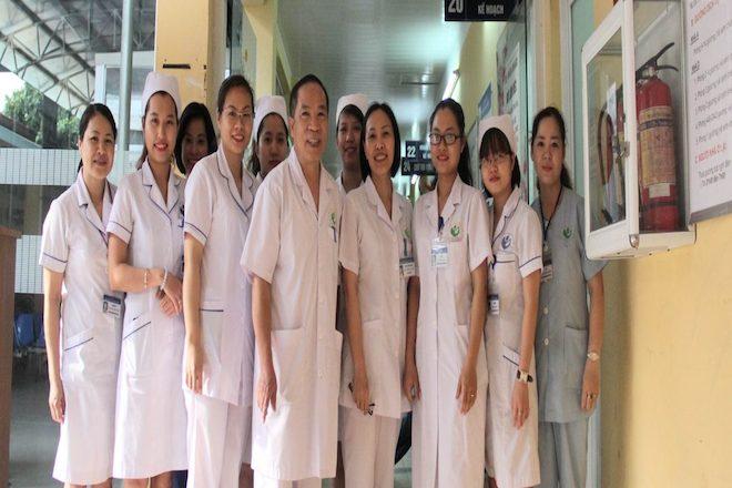 đội ngũ bác sĩ chuyên nghiệp tại bệnh viện phụ sản hà nội