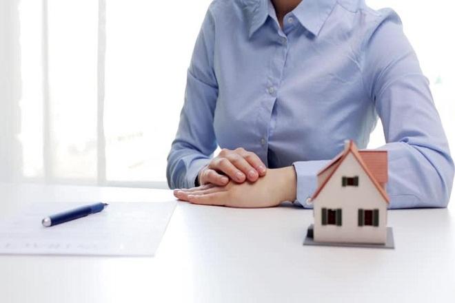 phụ nữ lên kế hoạch mua nhà