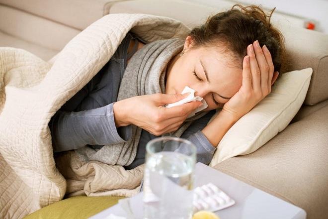 sốt là biểu hiện sót nhau thai sau sinh