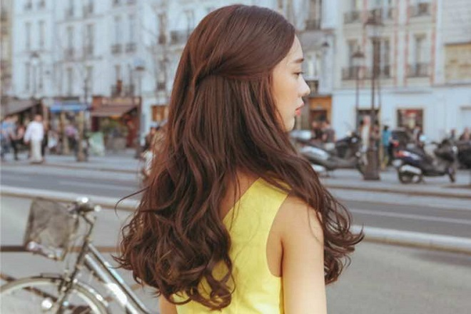 Tóc xoăn đuôi Hàn Quốc
