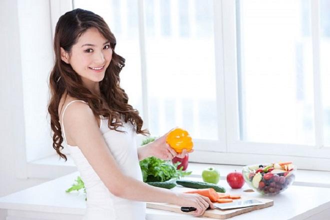 mẹ sau sinh nên ăn rau củ