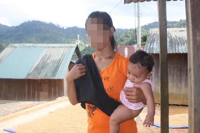 Nhiều gia đình tại miền núi còn đông con và khó khăn