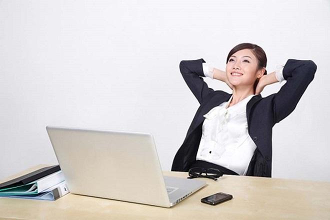 phụ nữ làm việc