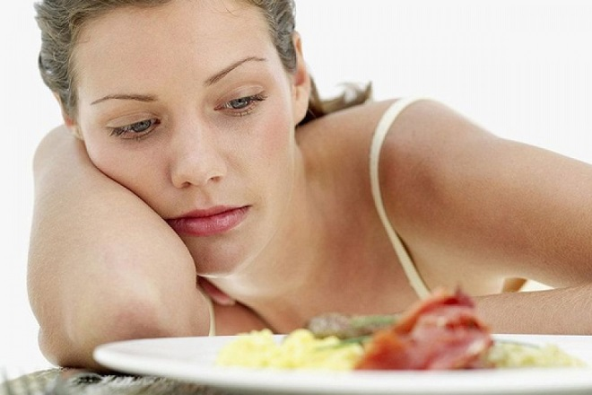 ăn uống không hợp lý khiến mẹ sụt cân