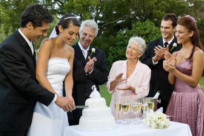 con trai kết hôn