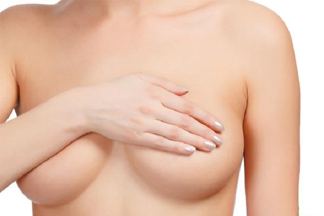 massage ngực sau sinh