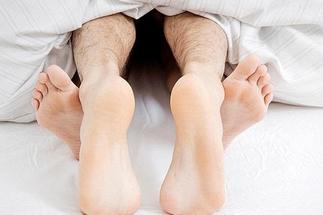 Cần lưu ý vấn đề quan hệ vợ chồng sau khi cấy que