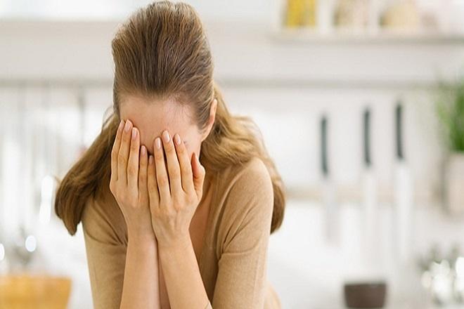 Sụt giảm hormone sinh dục estrogen