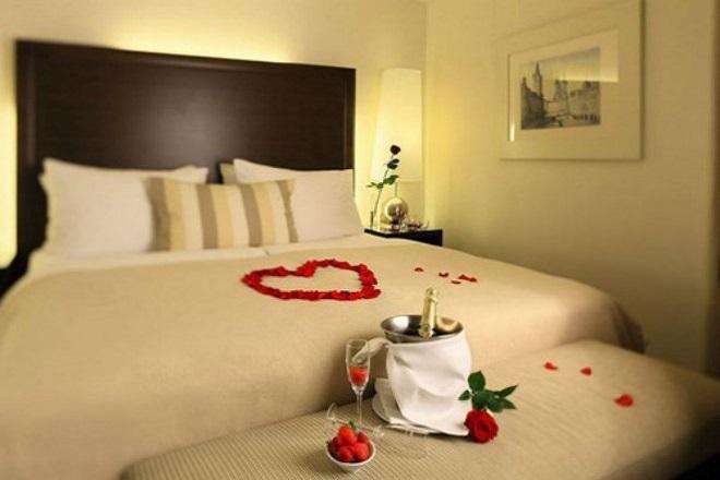 Nên trang trí phòng ngủ lãng mạn