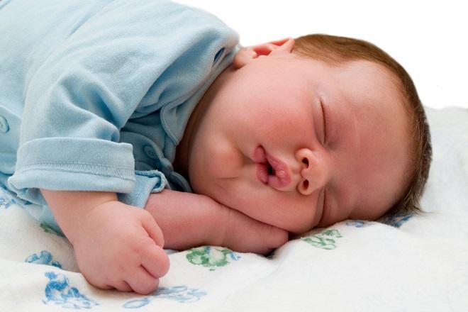 trẻ sơ sinh thường có dấu hiệu khò khè