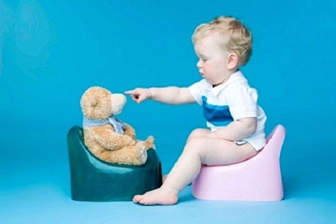 trẻ thường bị tiêu chảy do hệ tiêu hóa còn yếu