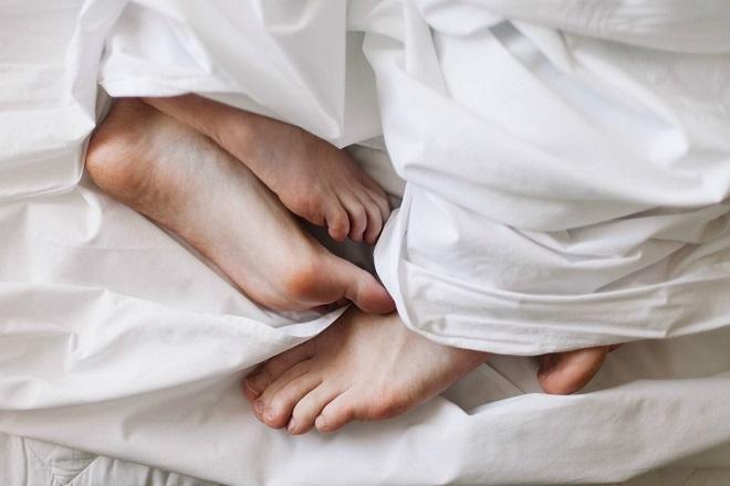 vợ chồng ân ái sau sinh