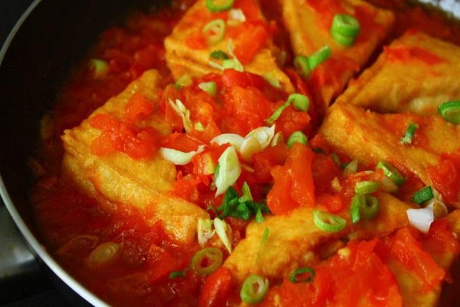 Món đậu phụ sốt cà chua