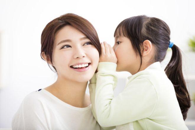 mẹ đơn thân nuôi dạy con gái