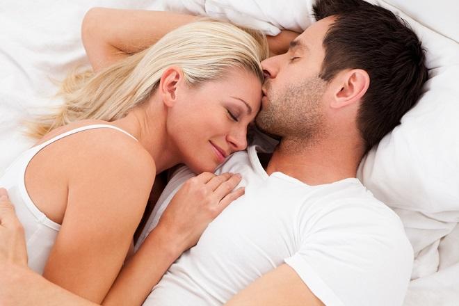 vợ chồng muốn quan hệ sau sinh mổ
