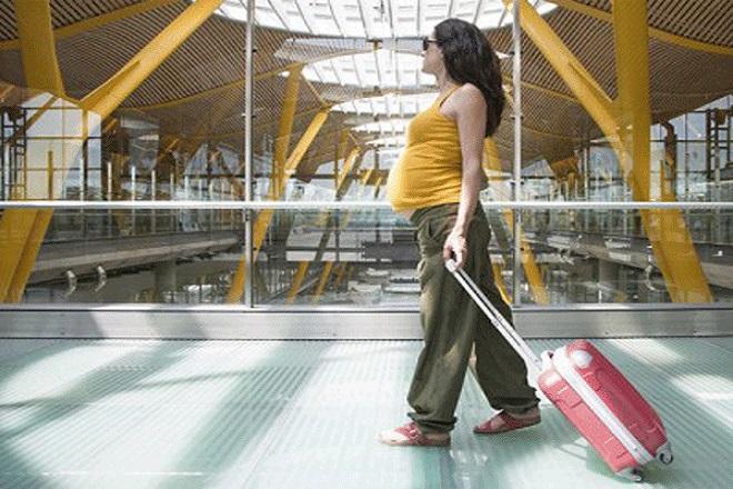 bà bầu có nên đi du lịch xa khi mang thai không