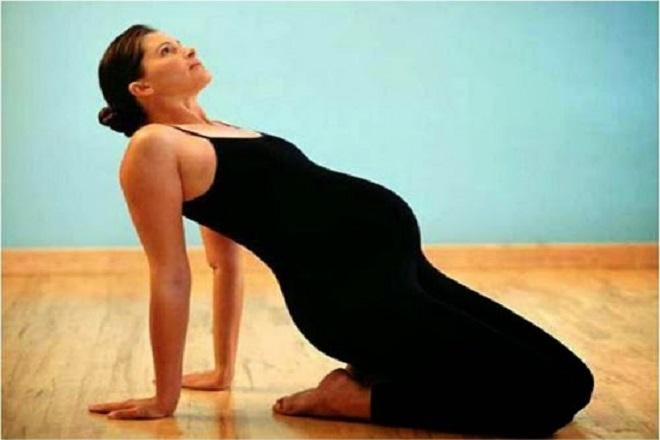 bài tập thể dục cho bà bầu 3 tháng giữa đúng cách