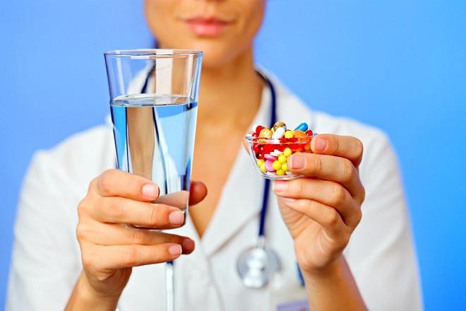 cần uống thuốc điều trị dính cổ tử cung theo chỉ định của bác sỹ