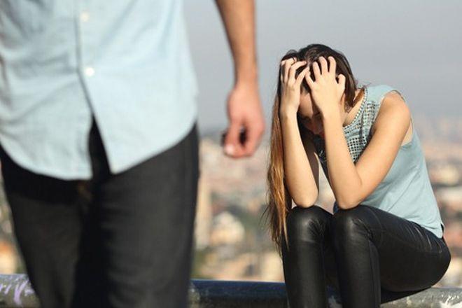 chia tay vì không hợp tuổi mẹ chồng