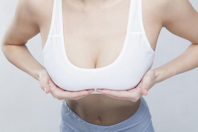 có nên nâng ngực chảy xệ sau sinh không phụ thuộc vào nhu cầu của chị em