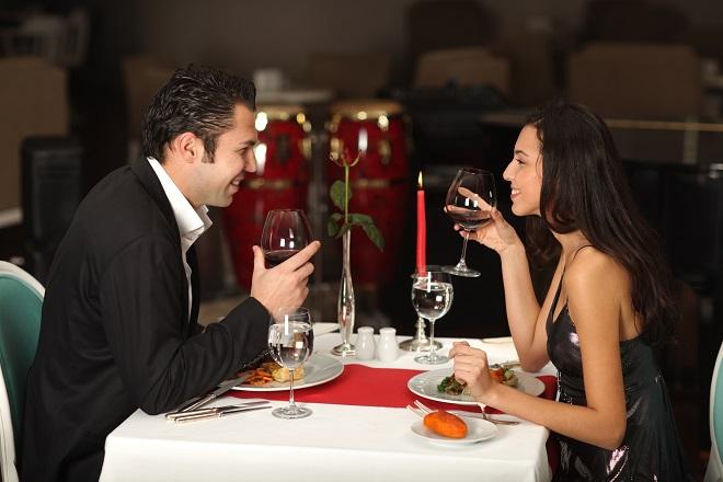cùng nhau ăn tối