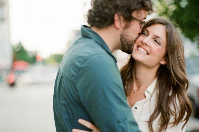 đàn ông yêu thương vợ