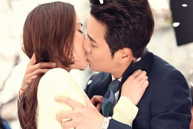 đàn ông thích làm gì khi hôn
